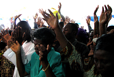 """This is how they do church in Africa"" by Jake Stimpson is licensed under cc by 2.0"